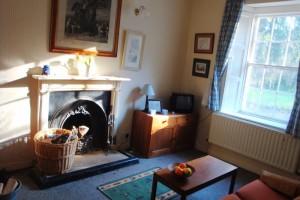 Croghan living room